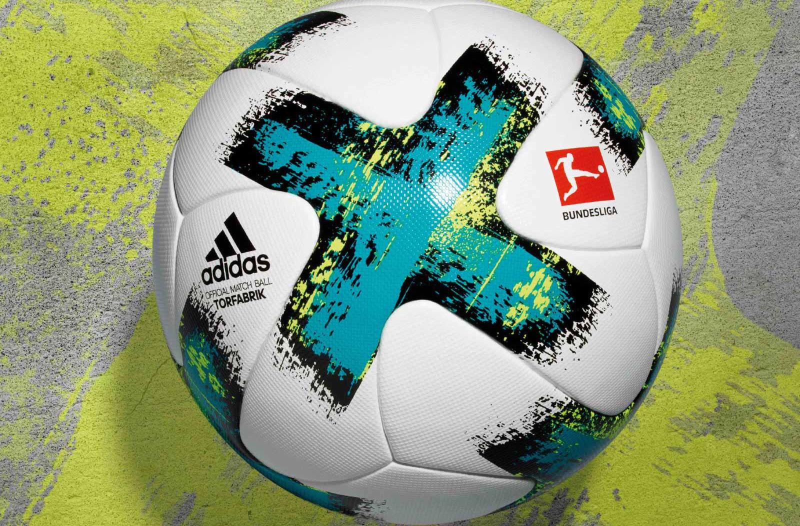 ce5a7a9fc39 Officiële adidas Bundesliga Torfabrik voetbal 2017 - Voetbalshirts.com