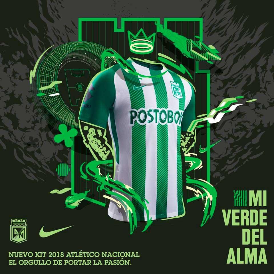 Het Thuistenue Van Atletico Nacional Wordt Compleet Gemaakt Door Een Groen Voetbalbroekje En Groen Witte Kousen