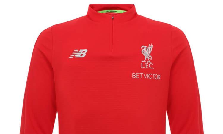ece8c464d317c5 Het nieuwe trainingspak van Liverpool is een aantal dagen na de  bekendmaking van het nieuwe thuisshirt voor 2018-2019 officieel bekend  gemaakt.