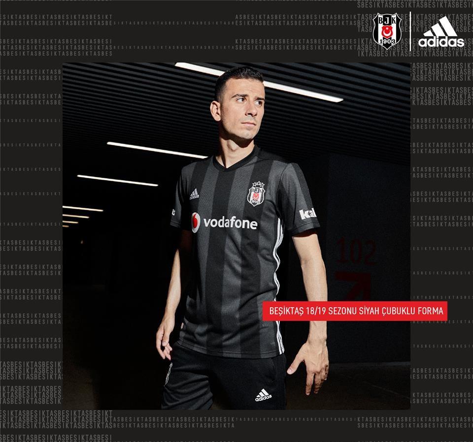 Besiktas voetbalshirts 2018 2019