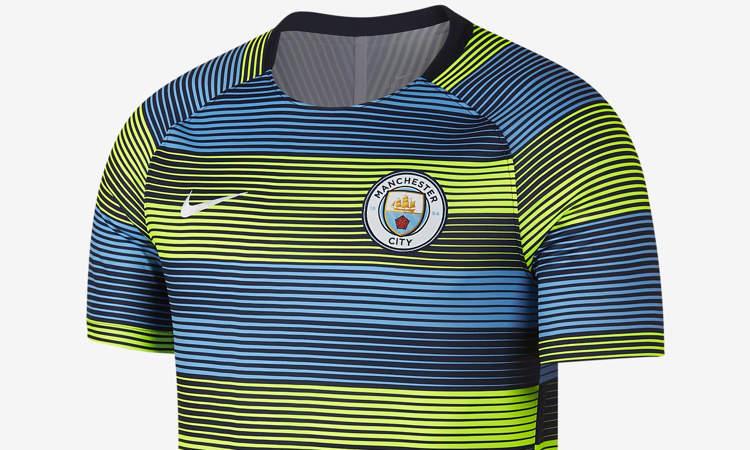 buy popular a3b9d bdc46 Manchester City warming-up shirt en trainingsshirt ...