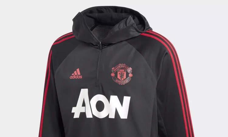 e0369b2990d Het functionele Manchester United winter trainings - Voetbalshirts.com