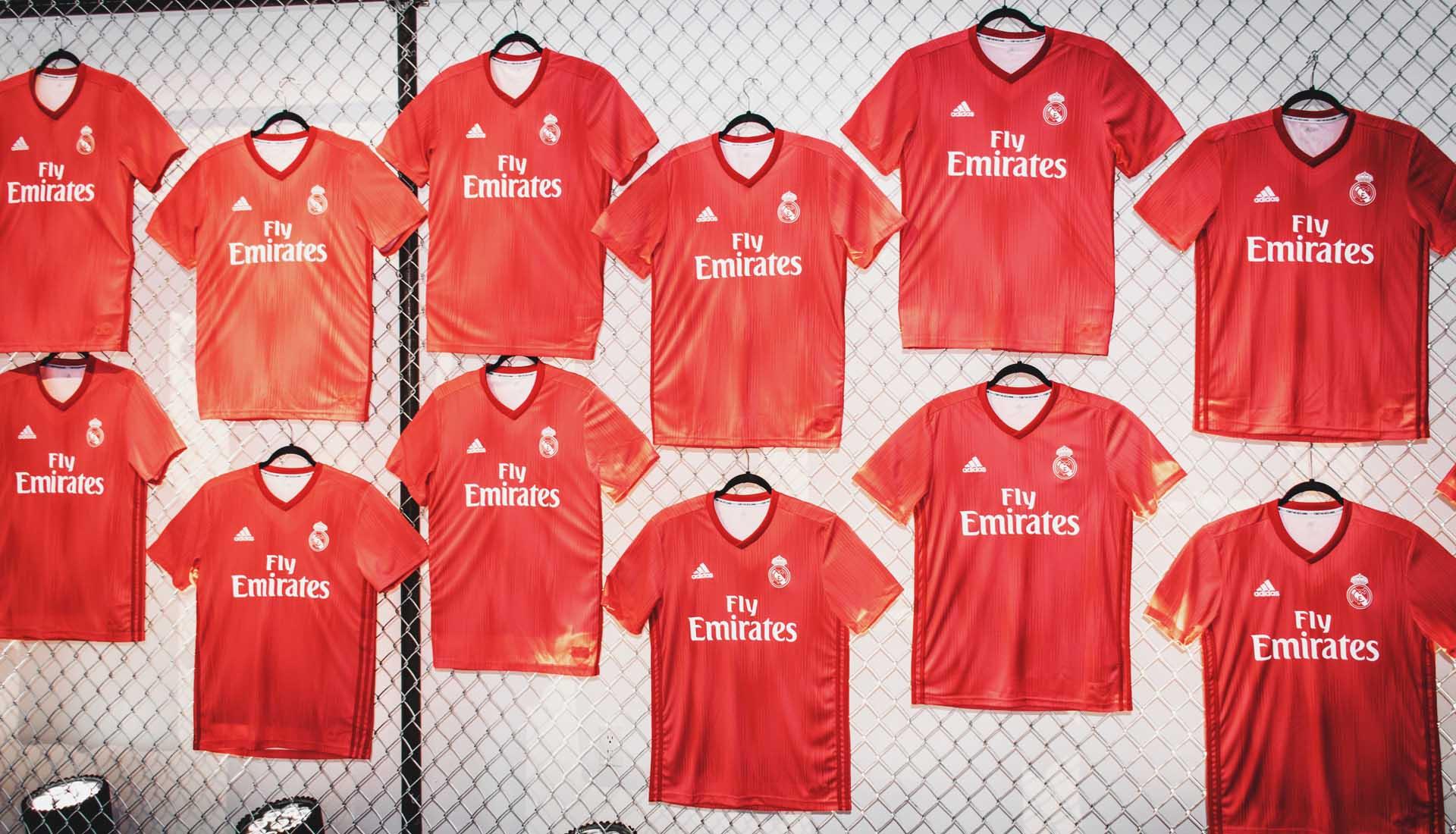 online retailer dddd6 f8467 Adidas en Real Madrid verlengen contract tot 2029 ...