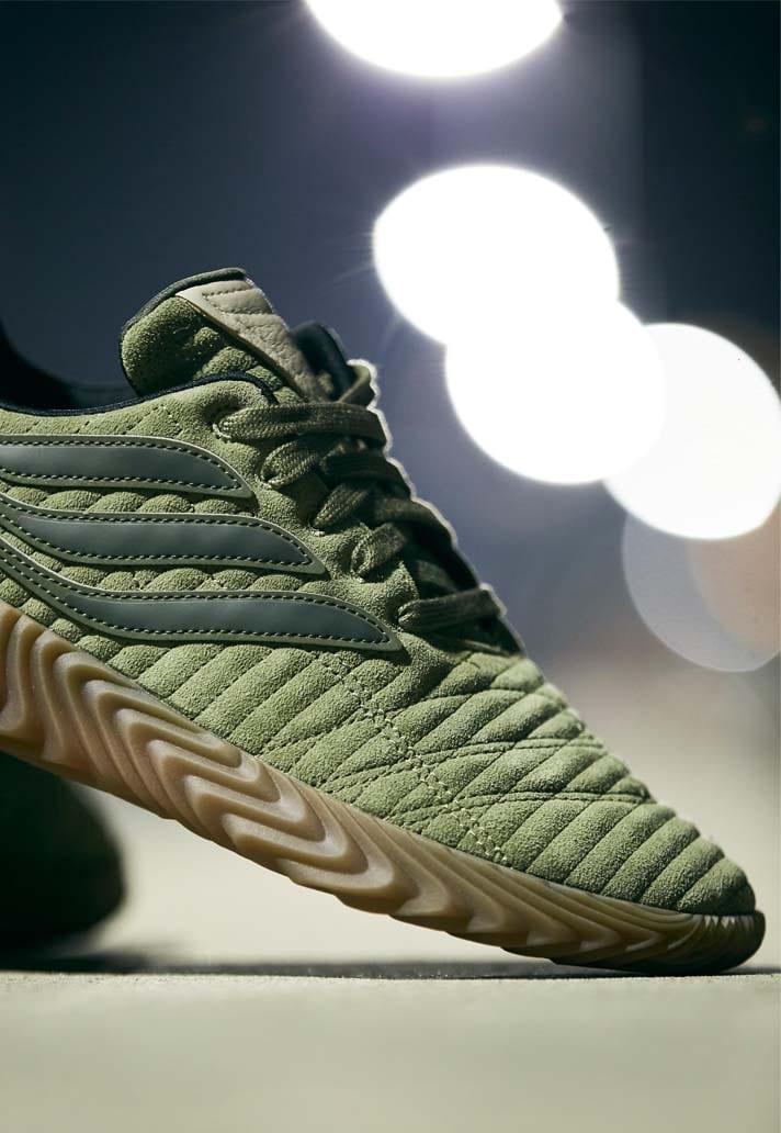 adidas lanceert leger groene Sokabov sneaker in 20