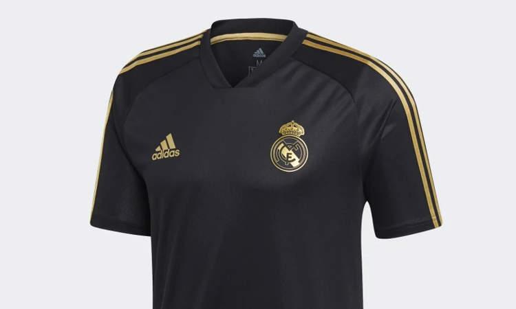 b055ab61f5c Beide shirts bevatten evenals het Real Madrid thuisshirt voor 2019-2020  gouden accenten! Ieder jaar lanceert kledingsponsor adidas aan het begin  van het ...