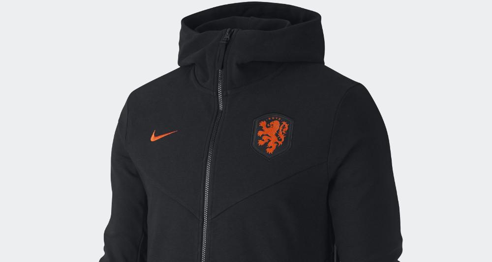 Het Nederlands Elftal Nike tech fleece trainingspa
